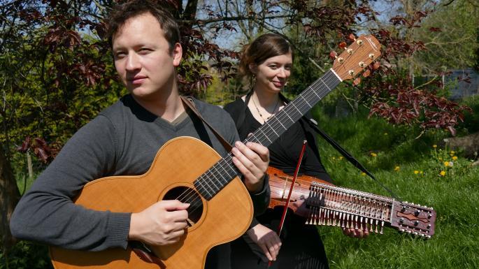 guitare et nyckelharpa